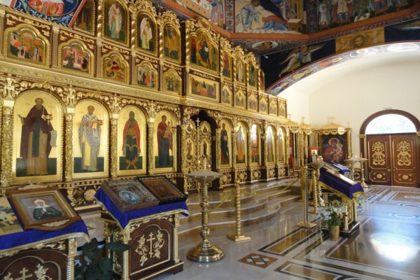 Altar at the church of San Miguel near Calpe