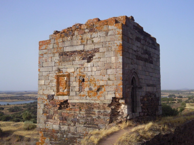 An defense tower along the castle walls in Mourão, Alentejo, Portugal.
