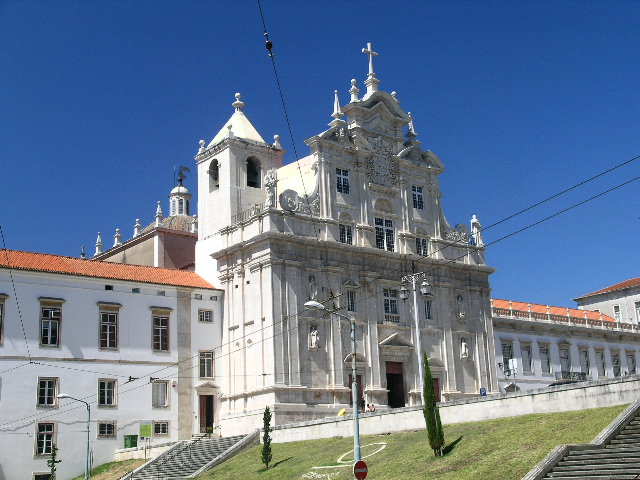 A closer look at the faculty of Pharmacy, Coimbra University